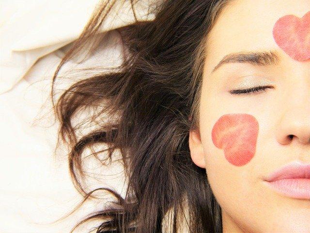 プリュの人気シートマスクは毎日使えるからオススメ!効果や口コミは?